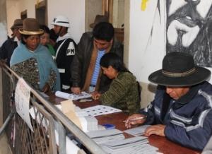 Eleições de domingo na Bolívia. Povo livre escolhe juiz livre