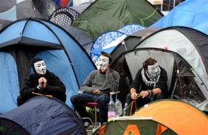 Movimento ocupa à frente da Catedral de São Paulo há 15 dias