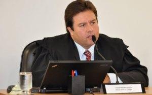 Desembargador Hélcio Valentim de Andrade Filho, do TJ-MG, afastado por vender habeas corpus
