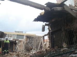 Paredes de prédio são demolidas na Cracolândia