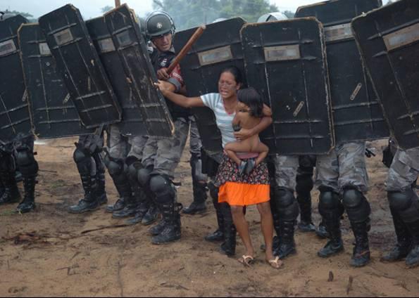 A justa contra o povo em Pinheirinho