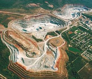 Vista aérea mina de amianto. Foto Eternit