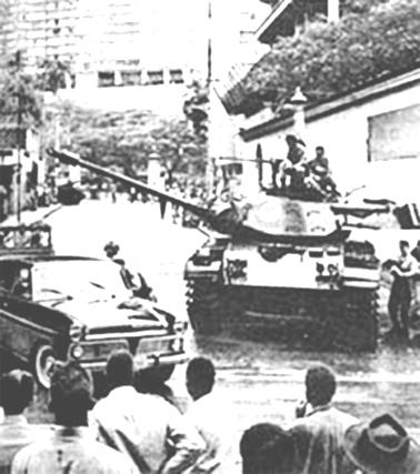 Ditadura Militar. Tanques na rua contra o povo do Rio de Janeiro