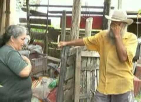 Produtor rural, em São João da Barra, RJ, chora a fazenda perdida para Eike Batista. São 400 propriedades desapropriadas por Sérgio Cabral e dadas, de mão beijada, para o homem mais rico do Brasil