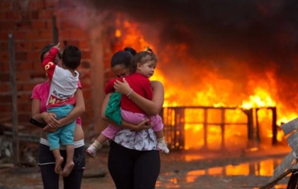 Foto símbolo da destruição do bairro do Pinheirinho, em São José do Rio Preto
