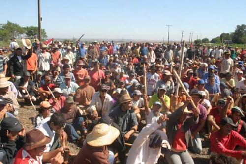 Sarambí, propiedad del ex senador Blas N. Riquelme, que se encuentra en Curuguaty, fue ocupada por campesinos