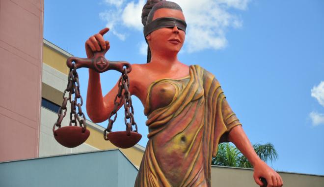 Themis, deusa da Justiça. Foto João Garrigó
