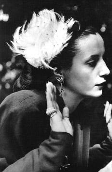 Todo en la vida de los humildes es melodrama... Melodrama cursi, barato y ridículo. Para los hombres mediocres y egoístas ¡Porque los pobres no inventan el dolor, Ellos lo aguantan! Eva Perón, La razón de mi vida
