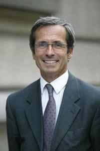 Yves Saint-Geours, embaixador da França