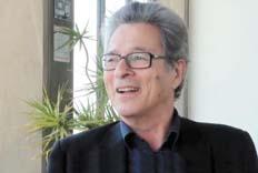 """""""La única manera de salvarnos es gastando en más solidaridad y no ajustando"""", afirma Pierre Salama."""