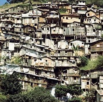 - Cadê os negros que moravam aqui?