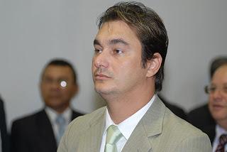 O deputado estadual Alessandro Novelino, que denunciou Chico Ferreira, também morreu em um avião que, misteriosamente, explodiu