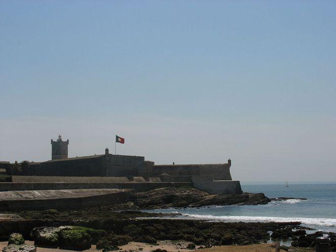 Forte de São Julião da Barra, construído pelo rei João III, em 1553