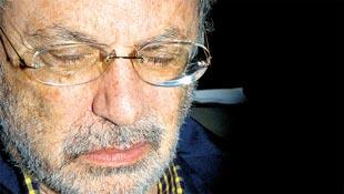 Paulo Maluf detido em outubro de 2005 na Polícia Federal