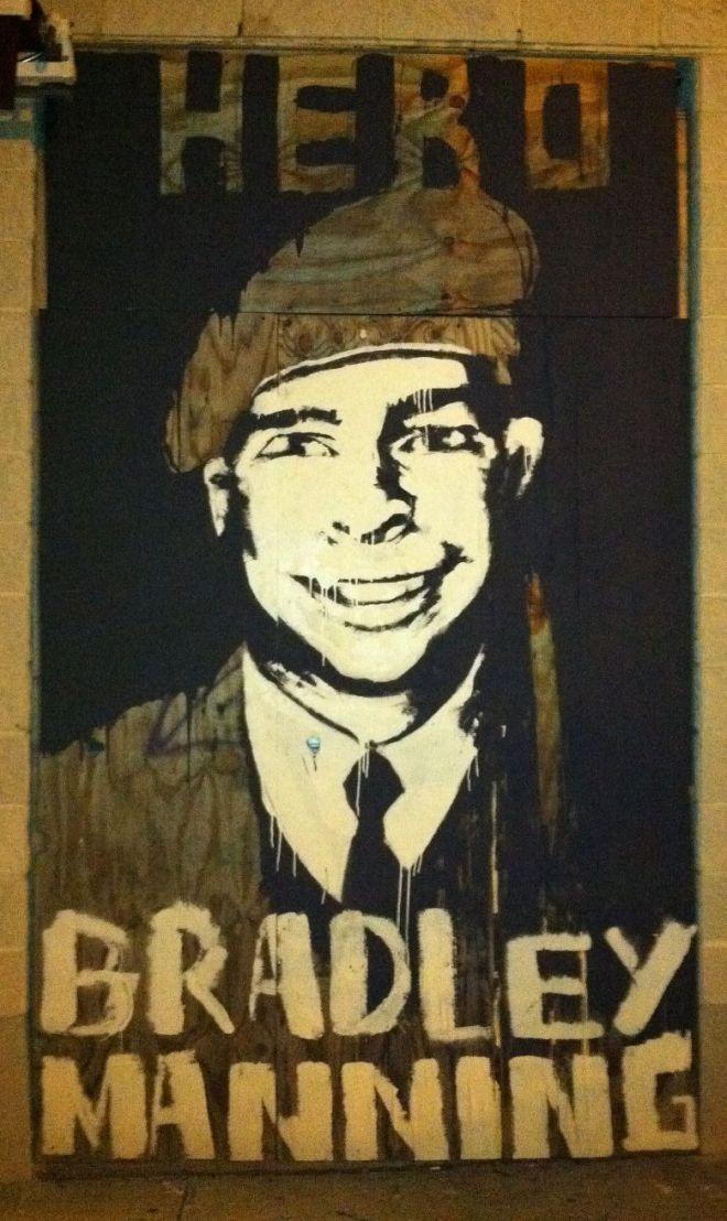 bradley-manning-hero