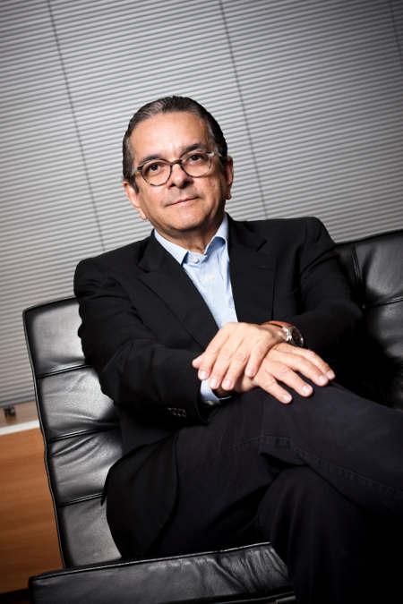 Bacharel em Jornalismo Antônio Lavareda