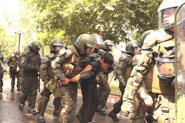 polícia México estudante