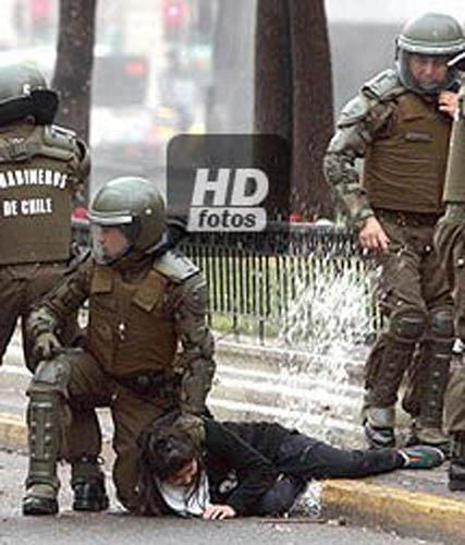polícia México estudantes