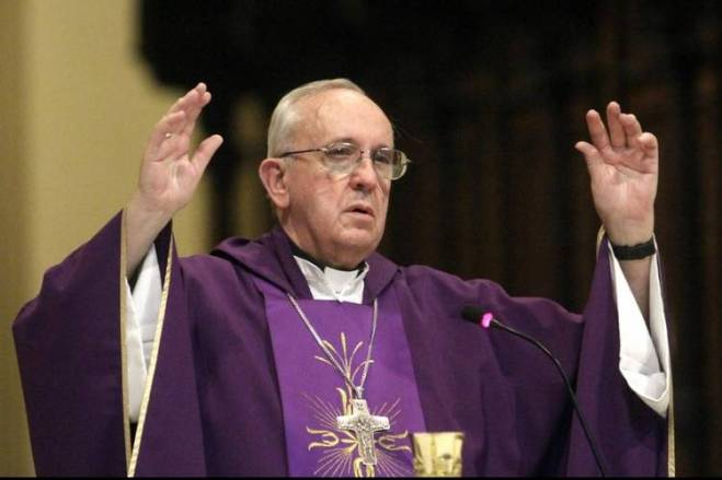 Cardenal-reconocio-pecados-Iglesia-panorama_CLAIMA20130210_0143_14