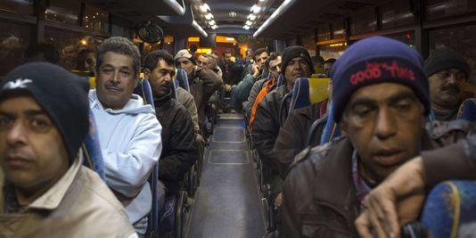 des-travailleurs-palestiniens-ont-emprunte_8a80683d108d78afdbb00d18c6871eb2