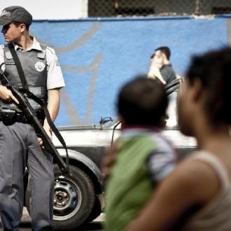 A polícia de Alckmin veio de arma engatilhada, pronta para atirar e matar