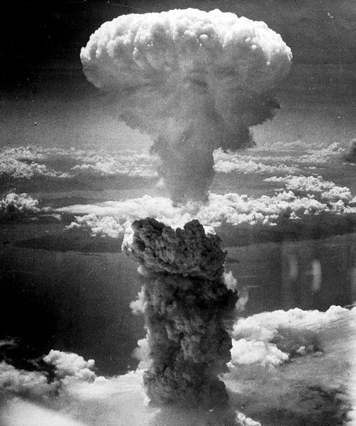 A explosão da Fat Man em 9 de agosto de 1945