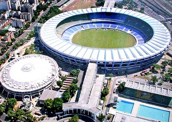 Sérgio Cabral, o demolidor, vai implodir um estádio, uma escola, um parque aquático,