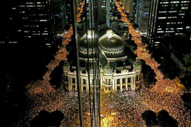 O Rio de Janeiro continua lindo. O povo não teme mais o pezão da polícia do governador Sérgio Cabral