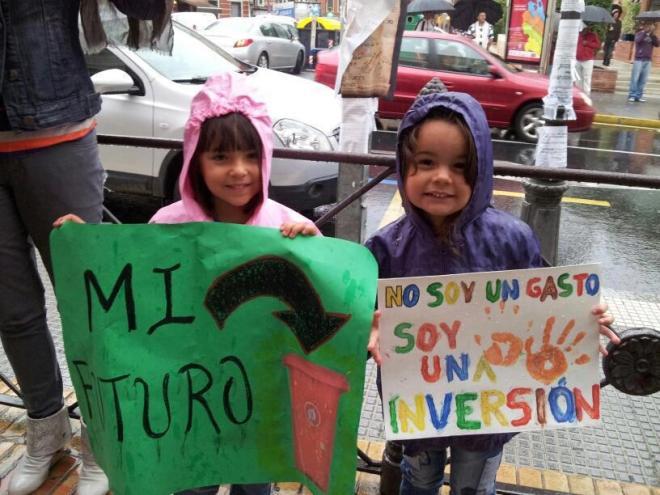 educação gasto investimento futuro criança indignados