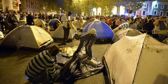 Acampamento na Praça Porta Pia
