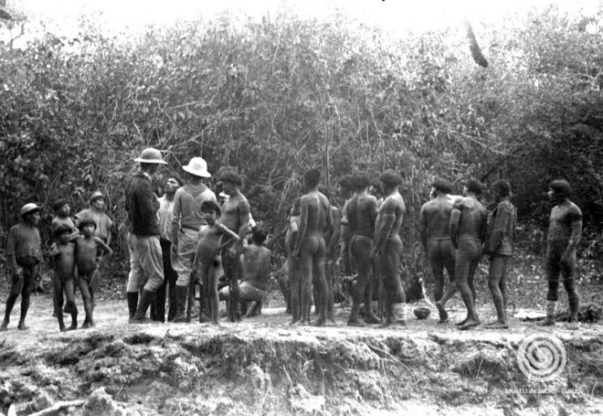 Expedição do SPI ao Xingu. Primeiro contato com os índios Mehinaku, 1944 | Heinz Forthmann: Museu do Índio:Funai