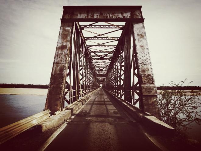 ponte rio Bicuí