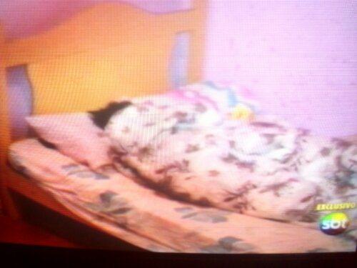 a avó na cama em que foi morta