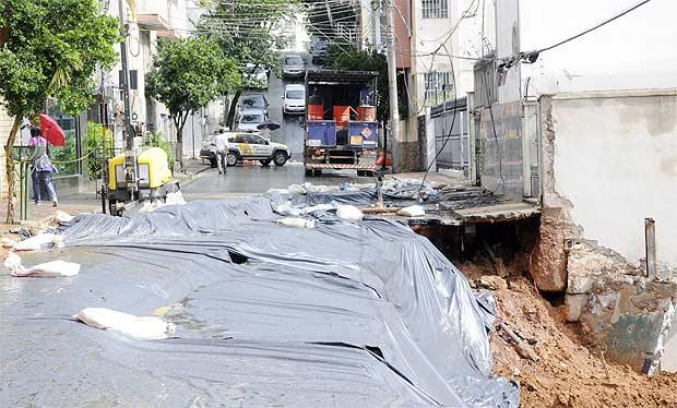 Belo Horizonte. Moradores de três prédios foram obrigados a deixar os imóveis. Foto João Henrique do Vale