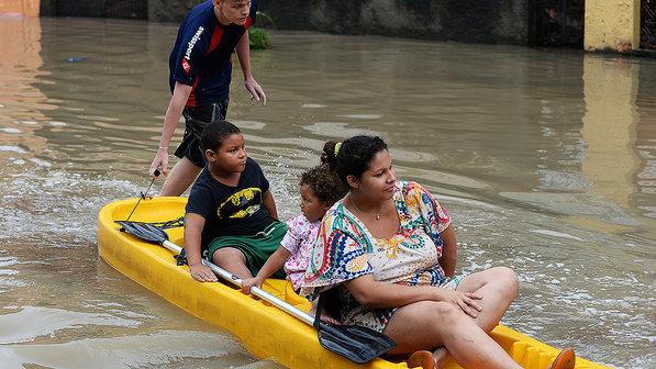 brasil-rio-de-janeiro-enchente2