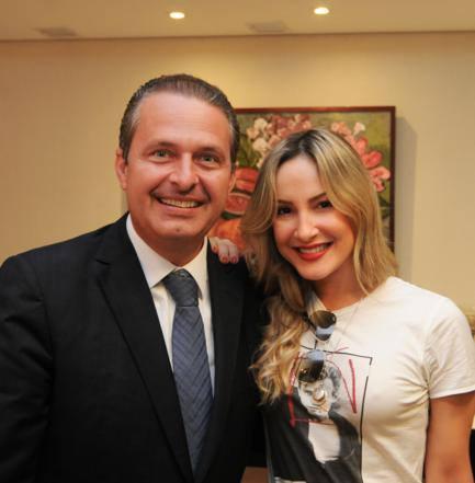 Governador Eduardo Campos e Cláudia Leitte