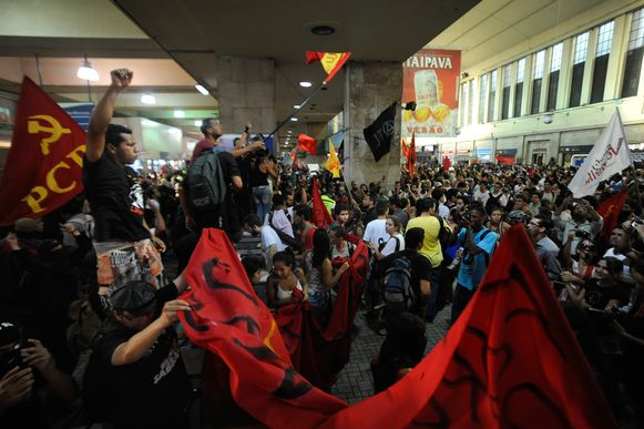 manifestantes foto Fernando Frazão2