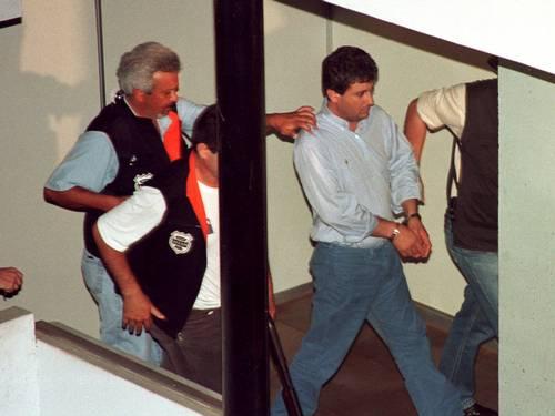 Em 2003, Alberto Youssef foi preso por envolvimento no escândalo do Banestado Leia mais sobre esse assunto em http://oglobo.globo.com/pais/doleiro-amigo-de-andre-vargas-tem-ligacao-com-delta-12180893#ixzz2ymgwZwrT  © 1996 - 2014. Todos direitos reservados a Infoglobo Comunicação e Participações S.A. Este material não pode ser publicado, transmitido por broadcast, reescrito ou redistribuído sem autorização.