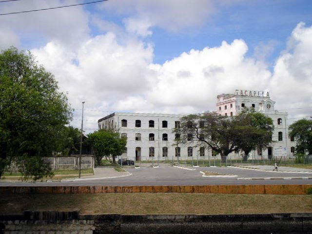 Antiga Fábrica da Tacaruna. Fotos de Orlando de Almeida Calado