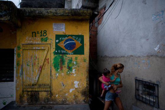 pax uma rua da Rocinha