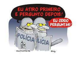 A CHARGE DO POLICIAL SEM IDENTIFICAÇÃO