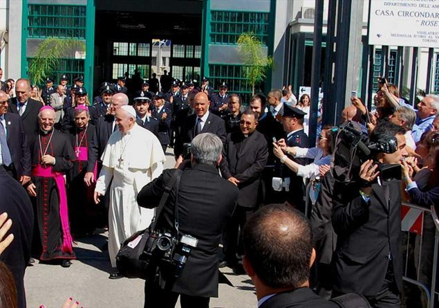 Papa presídio
