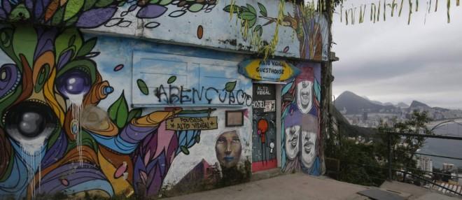 Que vista. Fachada da pousada Casa Alto Vidigal, onde um dos sócios foi assassinado domingo - Felipe Hanower: O Globo