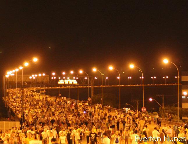Manifestação reuniu cerca de 100 mil pessoas, segundo a PM. Foto do jornalista Everton Nunes