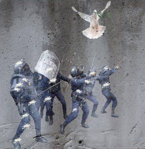 paz guerra império indignados