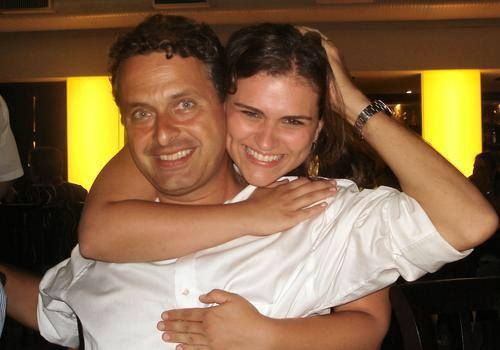 Os primos Eduardo e Marília. Foto do álbum da família
