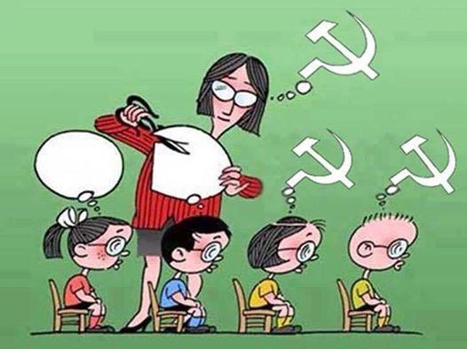 Para que moldar os professores?  A estratégia foi melhorada e, agora, através do Enem, eles punem os alunos que pensam diferente