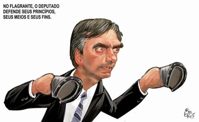 Bolsonaro cascos