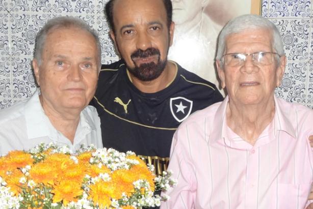 Fernando Machado, Muciolo Ferreira e Alex no dia que completou 87 anos (Foto Romero )