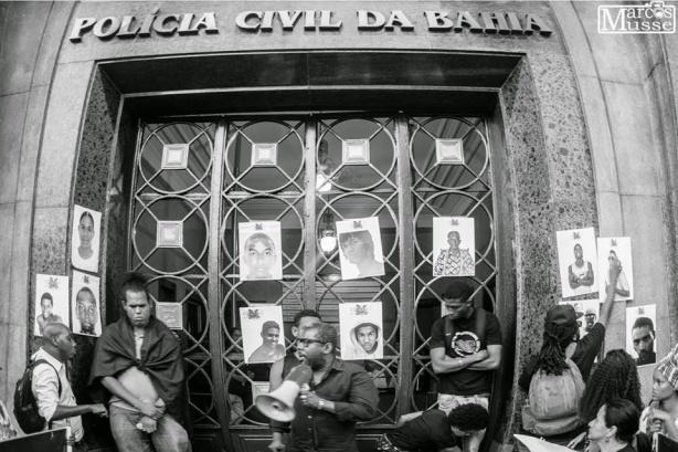 Ato Público contra Violência Policial. Ato público contra os Grupos de Extermínio e Desaparecimentos Forçados